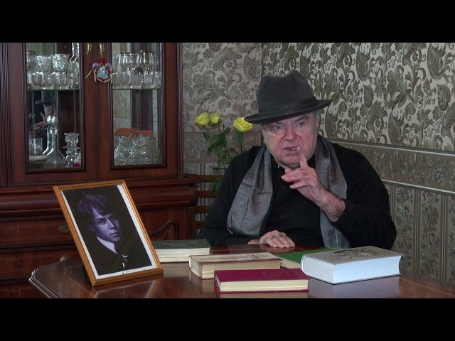 Изображение предпросмотра прочтения – ЛевКолотилов читает произведение «Свищет ветер, серебряный ветер» С.А.Есенина