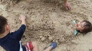tatil39de-fatih-selim39i-yusuf39la-kumlarayatrdkokelenceli-kumoyunuvideosu