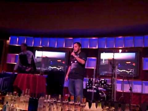 """coL CatZ sings """"Con te partirò"""" Karaoke at IPL 3 Afterparty"""