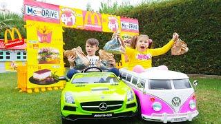 Дети поехали в МакДональдс Magic McDrive turned food