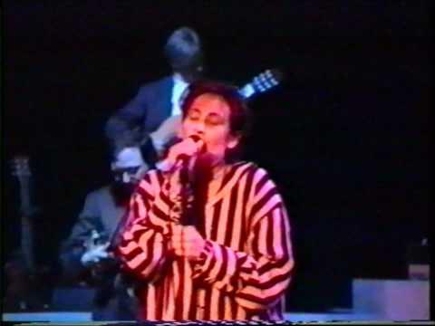 k.d.lang - Barefoot ( concert footage 1993 )