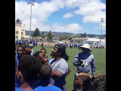 Marshawn Lynch giving 5 points of holding the pill for Running backs