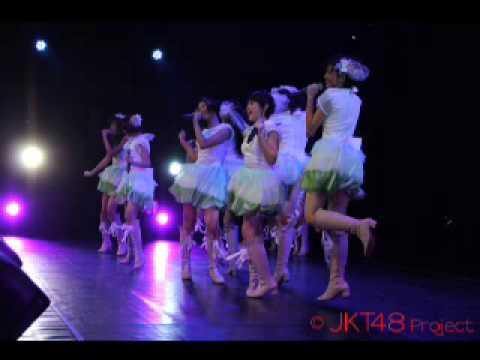 jkt48 gokiken naname na mermaid (Putri duyung yang sedang sedih)