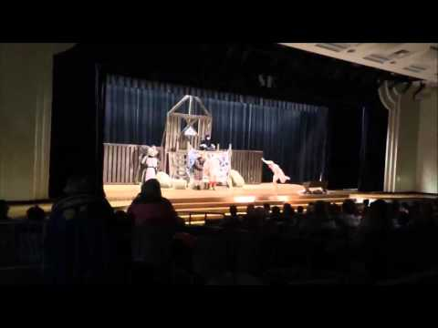 Kelsey Grossman in Charlotte's Web, Simon Kenton High School, Scene #3