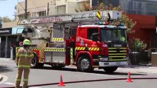 MFB - Ladder Platform 35 Arriving
