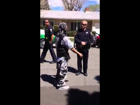 Video Shoot Police Trippen