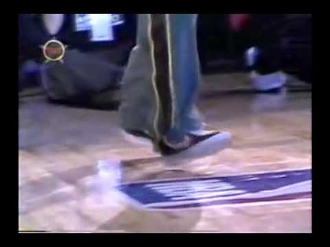 Brent Barry - Crip Walk (NBA 3 Point Contest)
