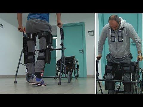 جهاز يساعد الأشخاص الذين يعانون من إصابات في أسفل العمود الفقري على الوقوف والمشي  - نشر قبل 4 دقيقة