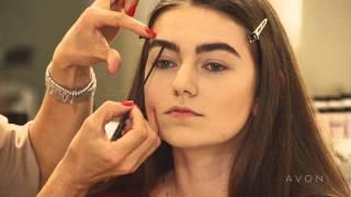 Коррекция широкой формы бровей от Avon(Школа макияжа с Мариной Борщевской и Avon представляют видео мастер-класс по визуальной коррекции широкой..., 2013-08-27T09:36:20.000Z)