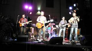 Woodpigeon  - duck duck goose (a square in a court folk festival)