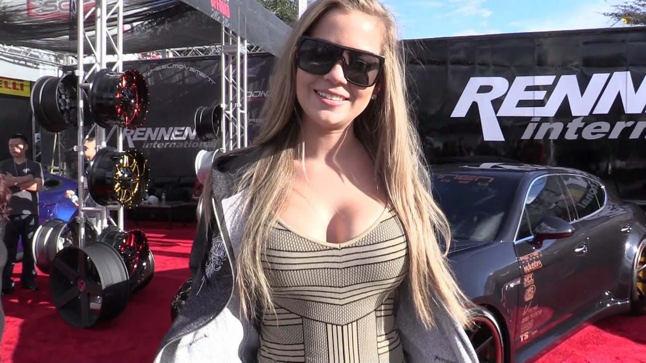 Sema car show in las vegas youtube for La motors las vegas