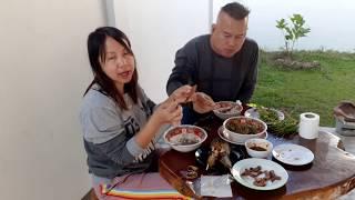 แกงผักสะแล สะเดาน้ำปลาหวาน ทำอาหารให้มิสเตอร์ฮอตเซีย