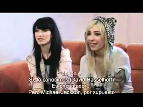 The Veronicas-We Need To Talk (Subtitulos en Español).