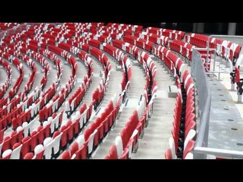 Singapore National Stadium 55,000 people seats.  ( Sport Hub ).