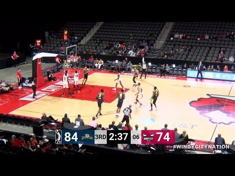 DeQuan Jones (22 points) Highlights vs. Windy City Bulls