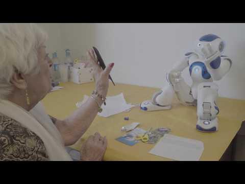 """ROSIE """"Robots sociaux et expérimentation en gériatrie"""""""