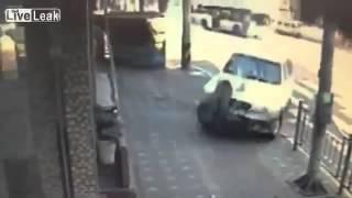 ДТП Подбросила до магазина ДТП! Авария! Видеорегистратор