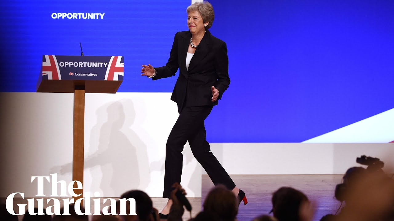 theresa-may-dances-on-to-the-stage-at-the-tory-party-conference