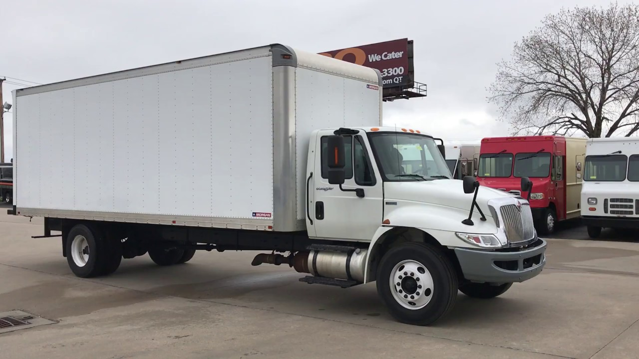 small resolution of 2013 international 24 ft box truck 4300