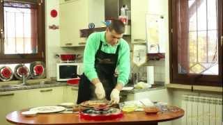 44 - La Pizza pomodoro e mozzarella e patate e mozzarella cucinata da Dario con magic cooker