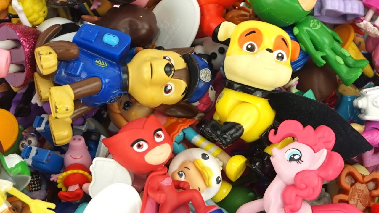 Любимые игрушки и фигурки из мультиков