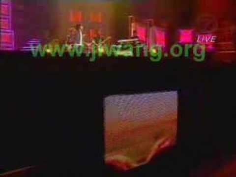 Peterpan - Ada Apa Denganmu (Live in AIM 2005)
