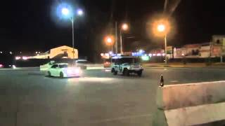Видео   Круг почета вокруг полицейского патруля   Видеоролики на Sibnet