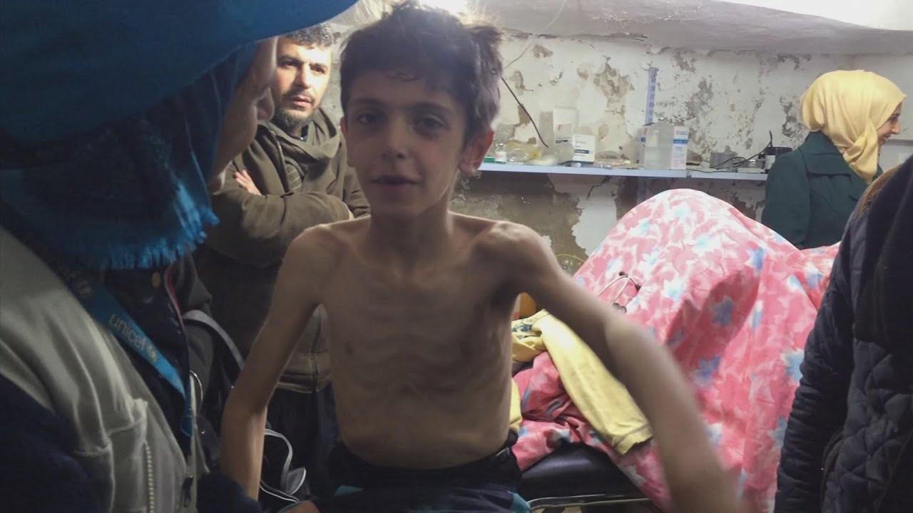 Miles mueren de hambre en Siria - YouTube