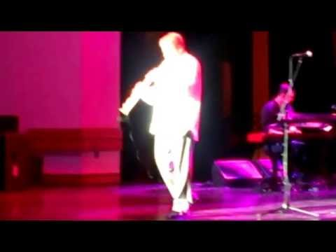 """Euge Groove """"Chillaxin"""" (LIVE) @ Buffalo State College. 10/25/2013."""