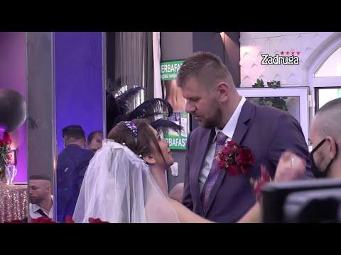 Zadruga 4 - Prvi ples Aleks i Janjuša, Nadica Ademov i Ljuba Perućica pevaju na svadbi - 11.04.2021. - Zadruga Official