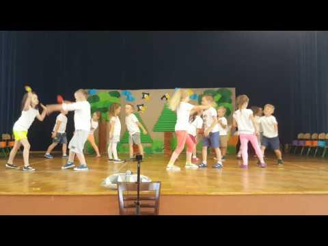 """""""Shake Shake Shake Senora"""" - taniec w wykonaniu 5-latków - Uroczystość z okazji Dnia Rodziny 2017"""