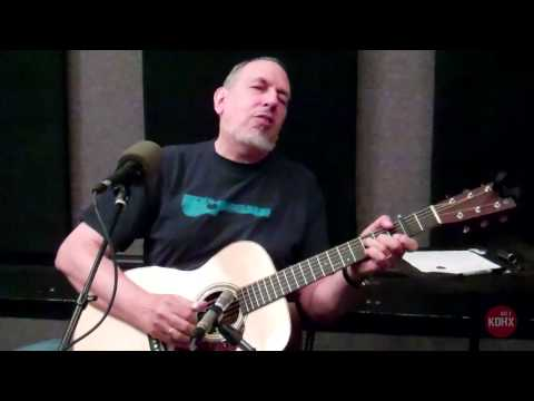 """David Bromberg """"Sleep Late in the Morning"""" Live at KDHX 9/20/13"""