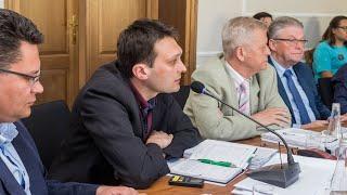 Sesja rady powiatu ostrowskiego