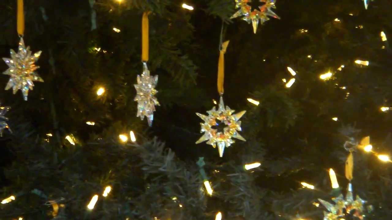 Swarovski Crystal Christmas Tree In Multiplaza  Panama