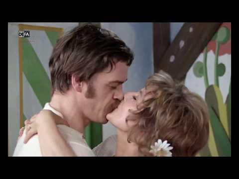 Hostess - Trailer