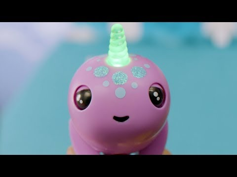 Fingerlings Narwhals Flap Their Tails And Have A Magical Light-Up Horn