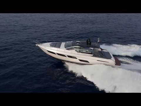 Pershing 5X Luxury Sport Yacht 2018