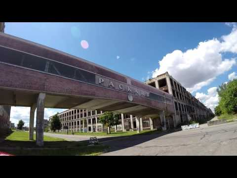 Driving Around Detroit Packard Plant Area 2015