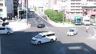 京浜急行踏切事故 トラックはなぜ細い道を通ったのか トラップにはまったようなルートをたどる