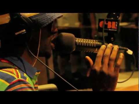 Prestation du 1995 @ La Dose 101.5FM Radio-Montréal 14 juin 2012