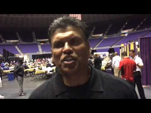 Anthony Munoz says meeting Ed Orgeron was