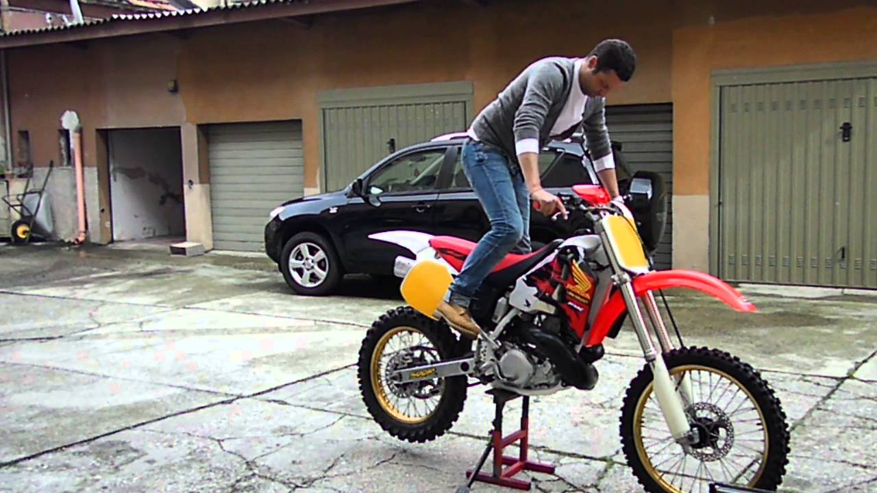 honda cr 500 90 first start after rebuild youtube. Black Bedroom Furniture Sets. Home Design Ideas