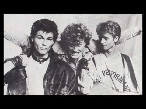 Bridges (A-ha) - The Juicy Fruit Song (Take On Me)
