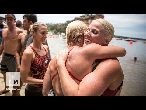Women High Diving into Hell's Gate (Red Bull Cliff Diving World Series) | Mashable
