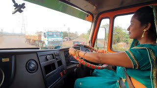 This housewife woman's loaded Troller driving like a professional driver