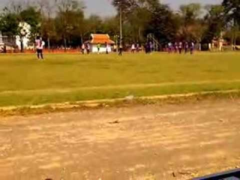 ฟุตบอลไพรมินิสเตอร์คัพจ.กำแพงเพชรปี2557ครั้งที่10รอบ8ทีมคลองพิไกรUTDvsทีมทั่วไทยสปอร์ตครึ่งแรกPART1