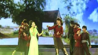 002 Loi nguoi ra di - Ho Quynh Huong & Vu Doan ABC.mp4
