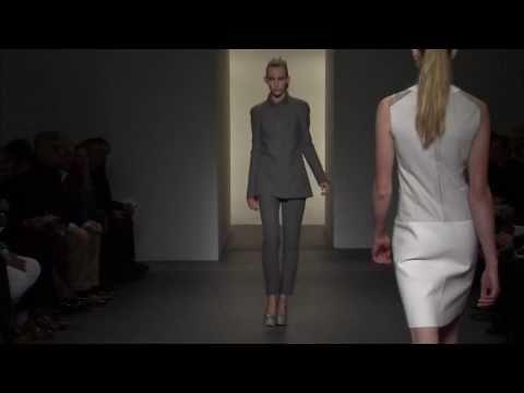 Calvin Klein Collection Women's Fall 2011 Runway Show