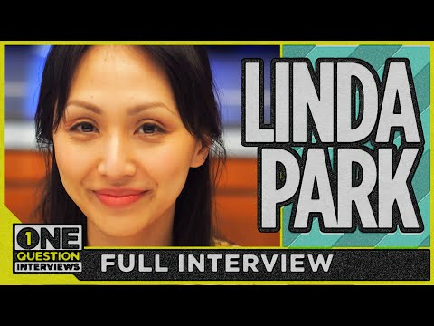 What did Linda Park learn from growing up in the Star Trek universe?