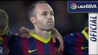 Moment of silence for Tito Vilanova in El Madrigal